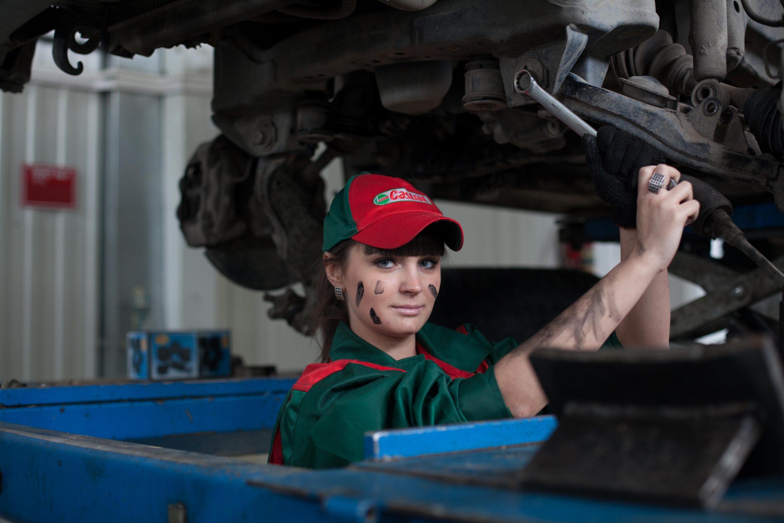 Problemy mechaników i klientów warsztatów samochodowych