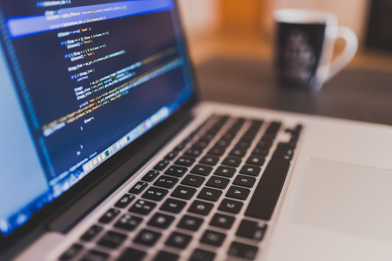 Outsourcing IT i wszystko, co powinniśmy wiedzieć na jego temat