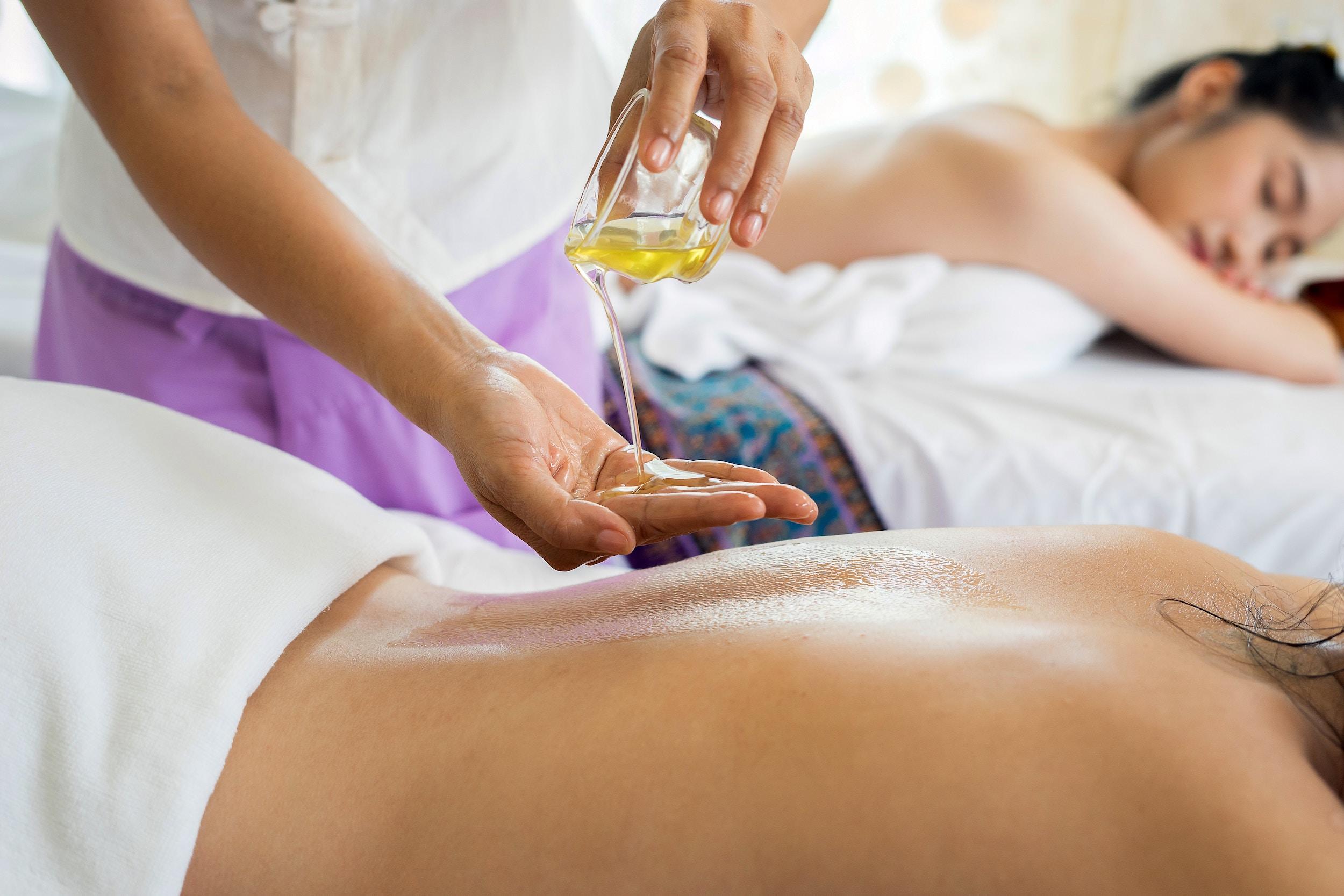 Odzyskanie sił witalnych zapewniają masaże w Warszawie